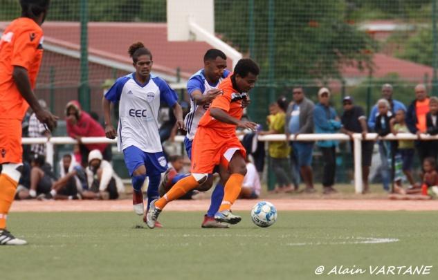 Mone WAMOWE, nouveau capitaine du SC NE DREHU. Crédit photo : Alain VARTANE