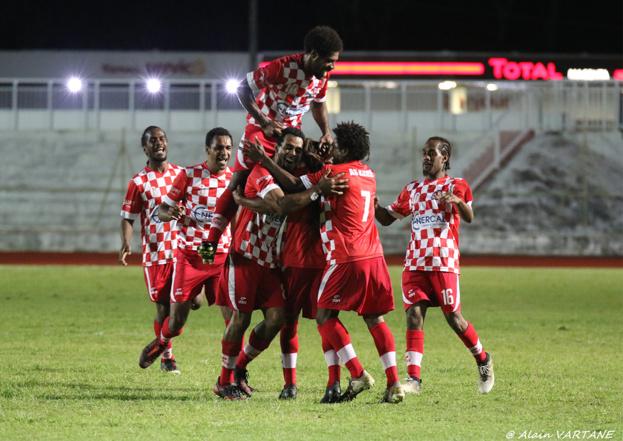 La force collective de l'As Kunié permet à la formation de l'Ile des Pins d'être pour l'instant classée quatrième du championnat Super Ligue 2021. Photo : ALAIN VARTANE