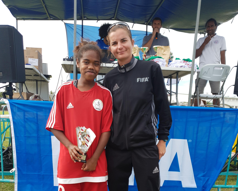 """"""" Etre la partisante du Football Féminin """" / INTERVIEW avec Charlotte PELLETIER - FCF"""