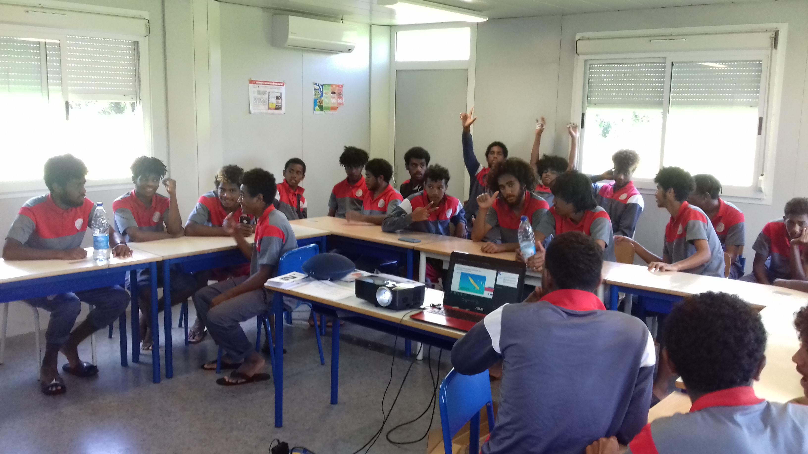 Le groupe ici en séance d'analyse Vidéo / Photo FCF
