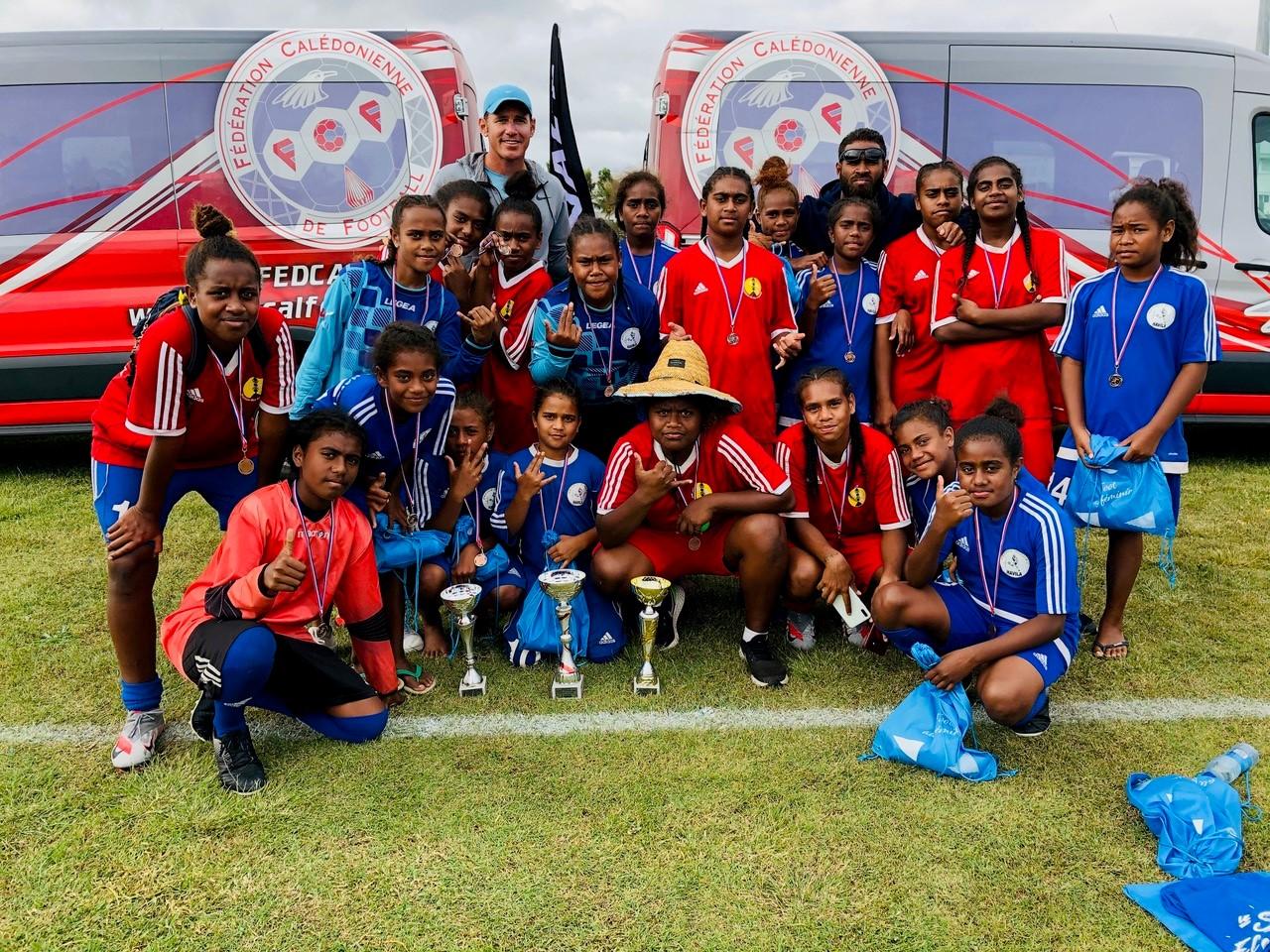 Les Benjamines et les Minimes d'Havila, victorieuses en septembre du Tournoi des Sections Sportives Football organisé par la FCF / Photo : Havila