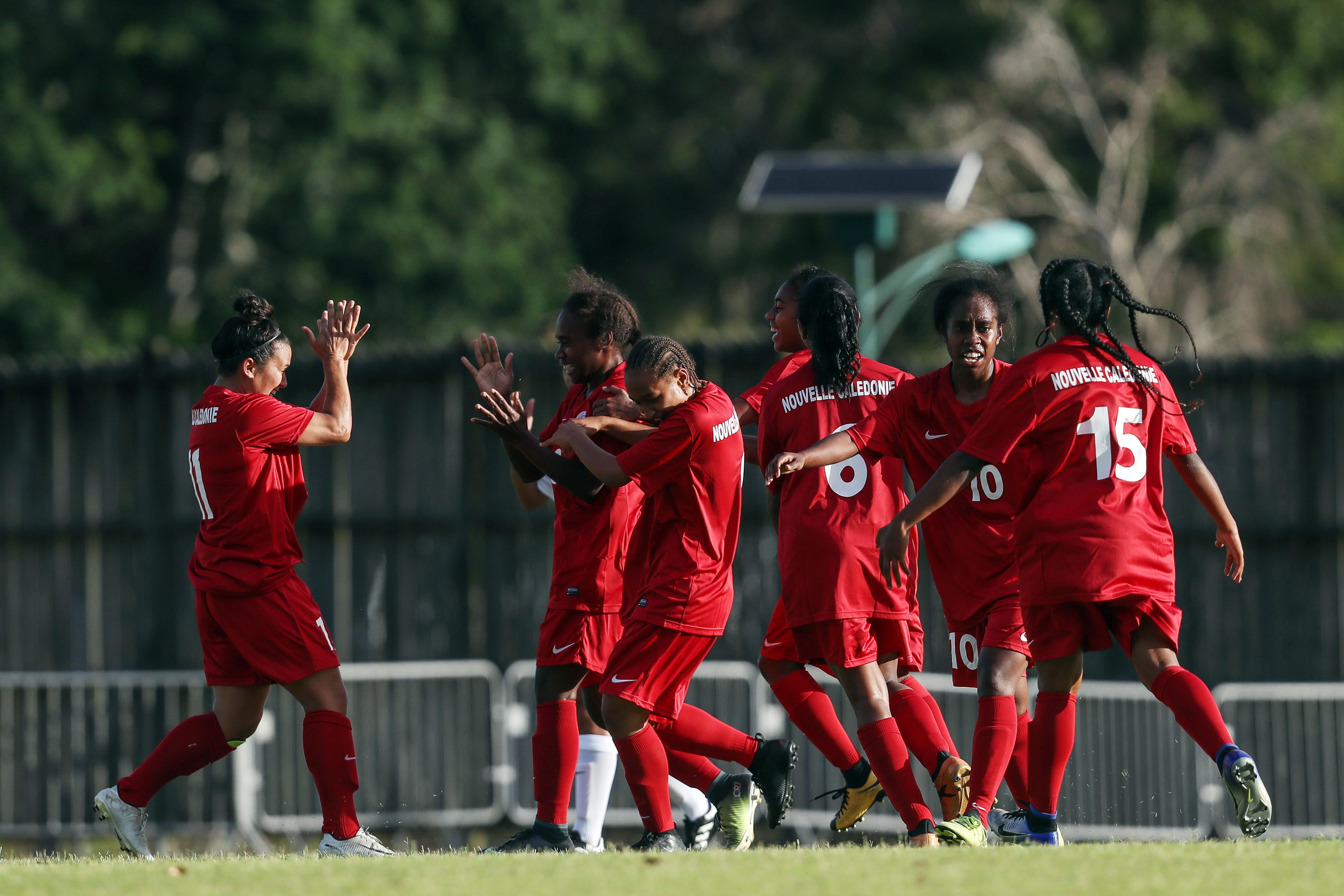 La Sélection A Féminines de Calédonie, lors de la Coupe des Nations OFC 2018, organisée en Nouvelle-Calédonie. Pour nos filles cagous, le prochain rendez-vous sera pour 2022.