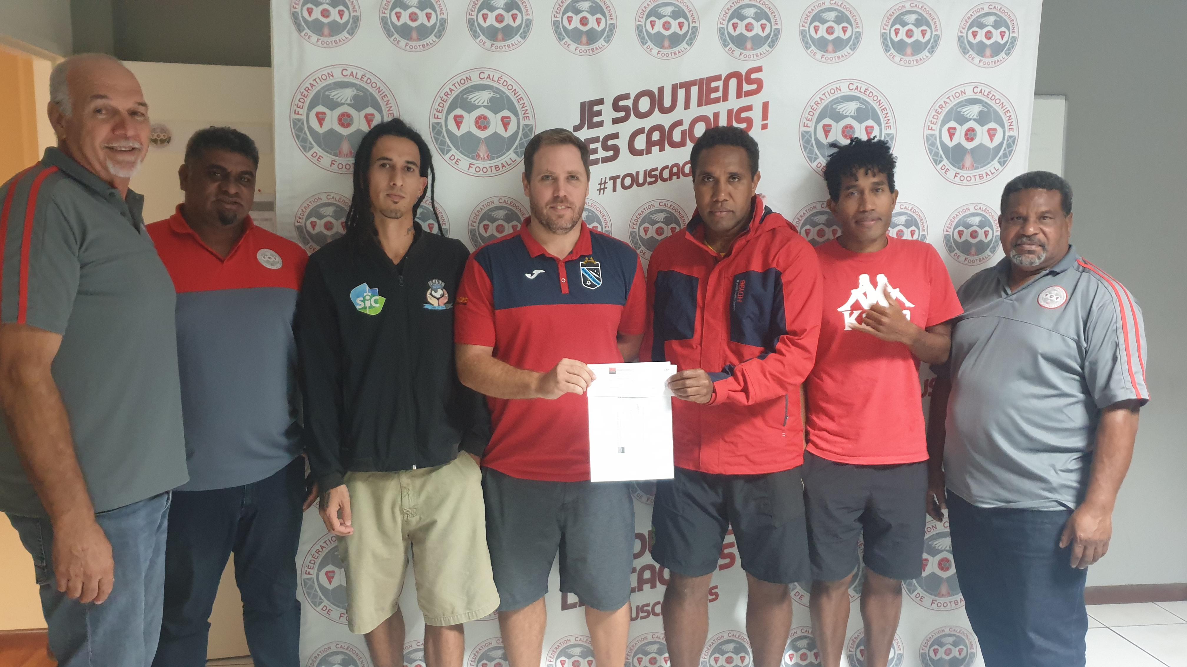 Les clubs de Super Ligue Futsal étaient eux aussi récompensés ce vendredi, au siège de la FCF.